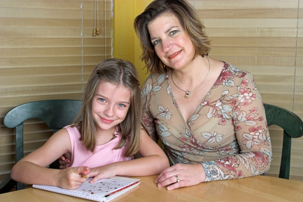 child abuse prevention nebraska, mom and daughter