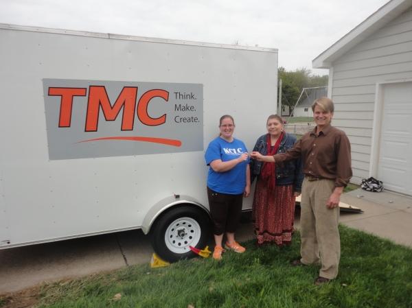 Jeff Cole of Nebraska Children unveils TMC Lab with KCLC staff members.
